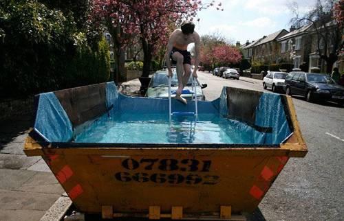 Humor modelos de piscina escolha a sua blog do mardemes for Modelos de piscinas cuadradas